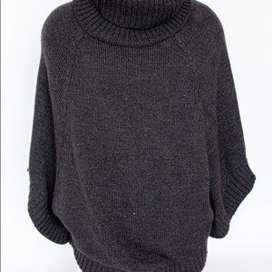 Sweaters - Gray turtle neck/cape